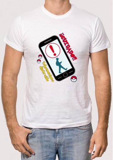 Camiseta Cuidado Pokemaniáco
