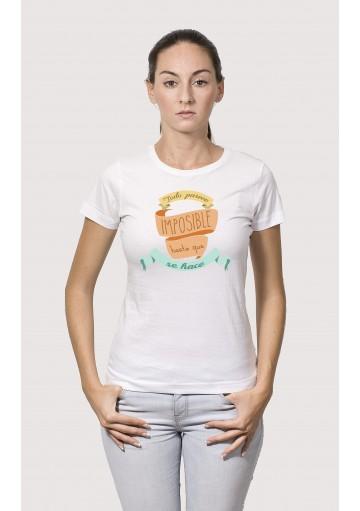 Camiseta Todo parece imposible