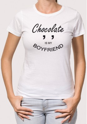 Camiseta Chocolate Is My Boyfriend